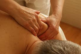 TREATING-CHRONIC-SHOULDER-PAIN